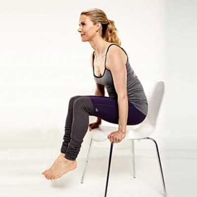 sollevamento dalla sedia per snellire la pancia