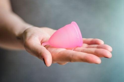 Coppetta mestruale: tutto quello che c'è da sapere