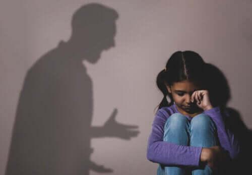 Pedofilo: come riconoscerlo?