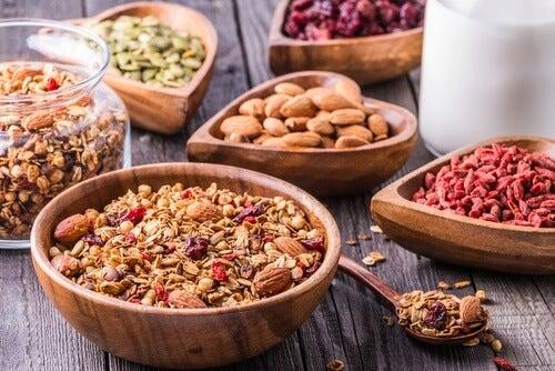 Alimenti con fibra per eliminare il gonfiore addominale