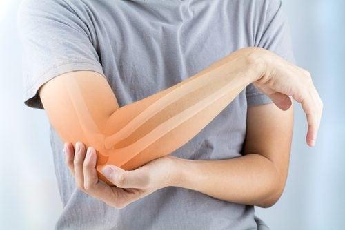 Contrastare l'artrosi grazie a 5 alimenti speciali