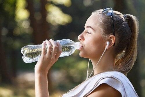 Bevete acqua spesso.
