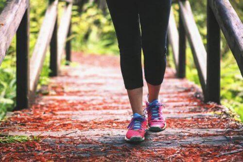 Camminare per chi soffre di dolore alle ginocchia