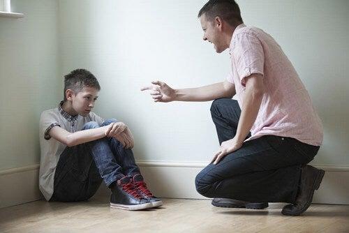 Violenza sui bambini.