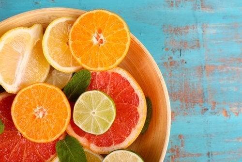 Agrumi contenenti vitamina C