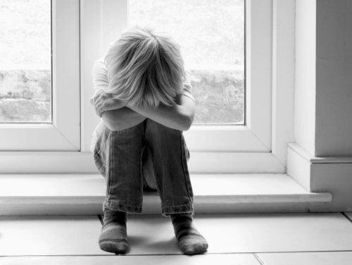 Come capire se mio figlio è vittima di bullismo a scuola