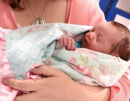La commovente storia di Lynlee: la bimba nata due volte