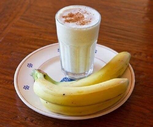 Frullato banana e cannella