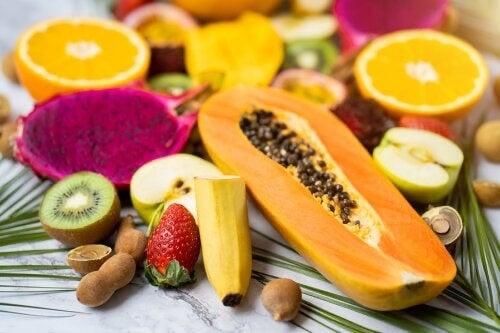 Ridurre la ritenzione idrica con frutta e verdura