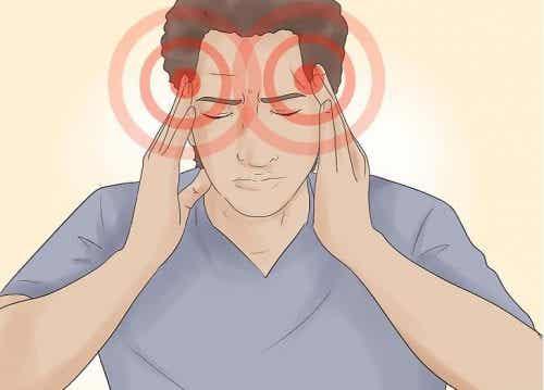 Mal di testa da stress: come si riconosce?
