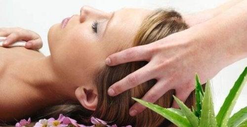 Massaggi alla testa