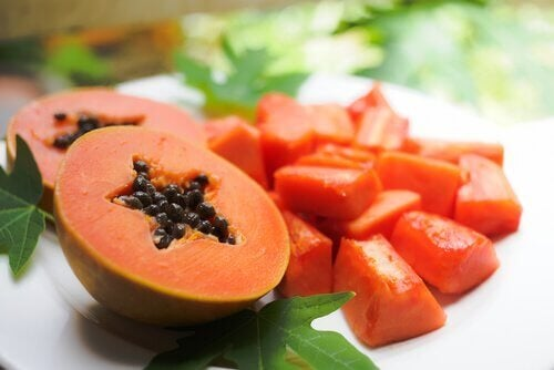 Papaya a pezzi