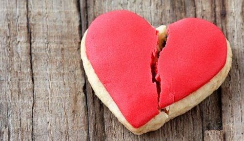 Sindrome del cuore infranto: 5 aspetti da conoscere