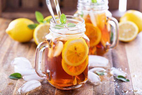 Tisane al limone e menta