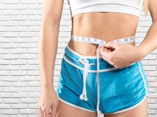 Tonificare l'addome con 5 esercizi