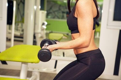 perdere peso e ottenere allenamenti muscolari