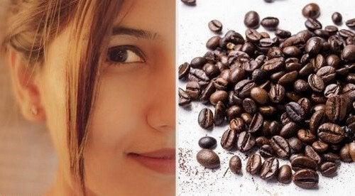 Maschere al caffè per rassodare la pelle del viso
