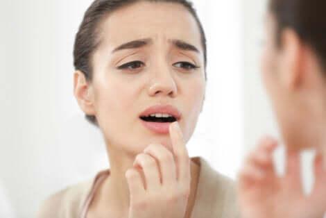Sintomi del tumore alla lingua: dolore alla bocca.