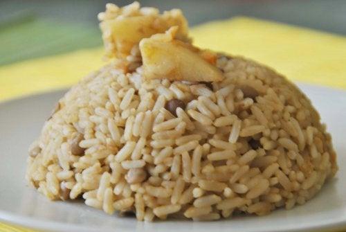 Lenticchie e riso sono alimenti per perdere peso