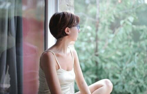 Paura di restare soli: 9 consigli per accettare i momenti di solitudine