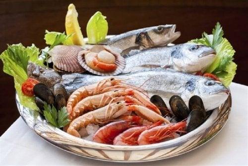 Pesce e frutti di mare, ricchi di iodio