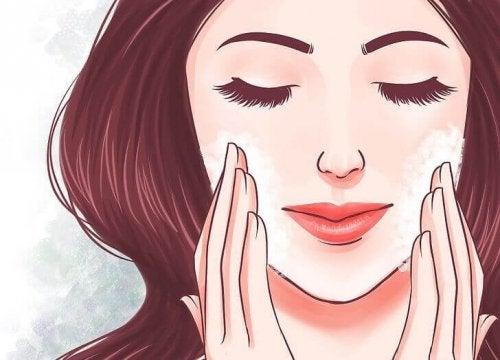 Pelle liscia e sana: 5 consigli