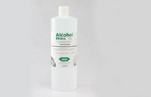 Bottiglia di alcol