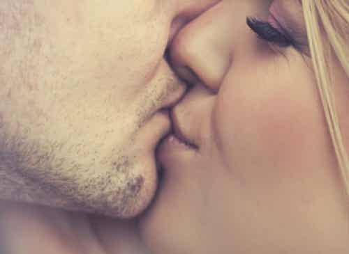 Le malattie trasmesse con i baci più comuni