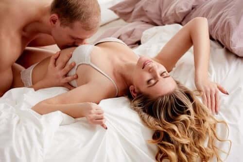 Orgasmo femminile: come raggiungerlo più facilmente