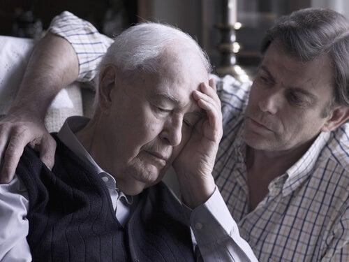Uomo con alzheimer