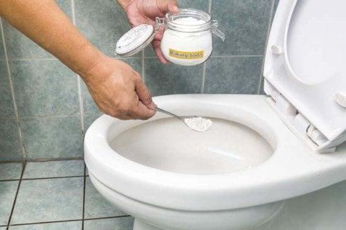 WC e bicarbonato di sodio