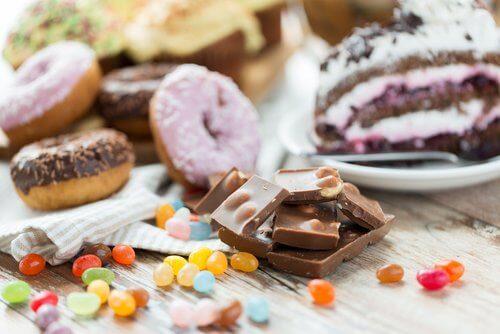 ciambelle, cioccolata e dolci vari