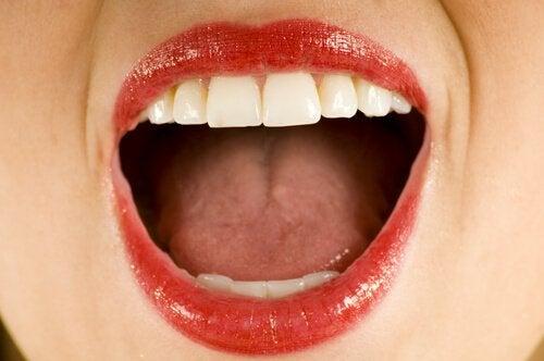 Esercizi per il contorno della bocca