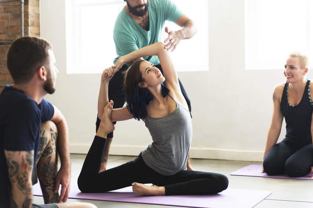 Posizioni dello yoga per dimagrire
