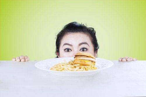 per mantenere un equilibrio fisico e mentale è importante seguire un'alimentazione sana