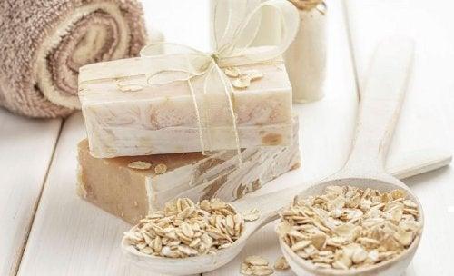 Sapone artigianale di avena e miele