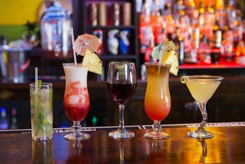 cocktail tra le bevande più aggressive per lo stomaco