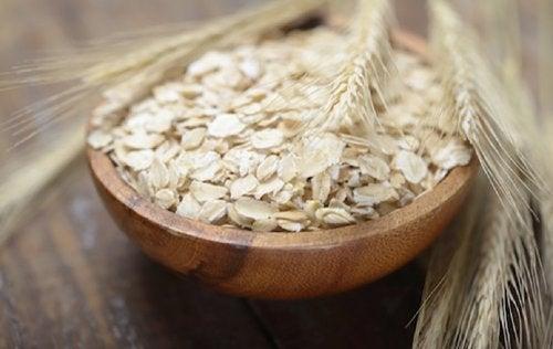 Fiocchi di avena e grano