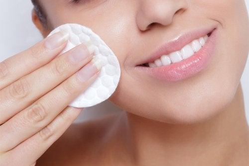 4 consigli per un'idratazione ottimale della pelle