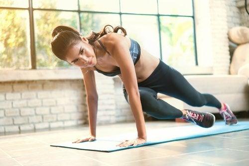 7 semplici esercizi per gambe più sexy