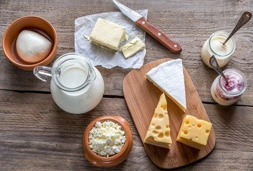 latte, formaggio, yogurt, mozzarella, burro