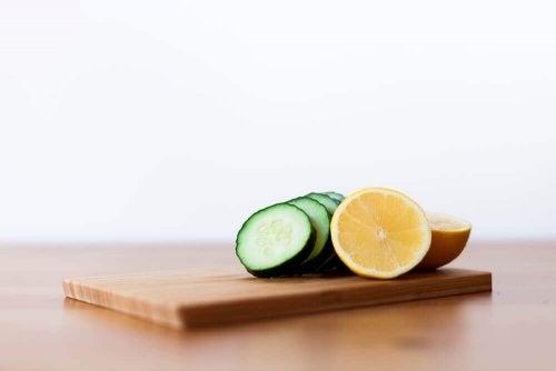 Maschera di cetriolo, limone e gelatina