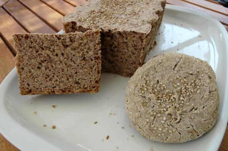 Pane senza glutine di grano saraceno e riso