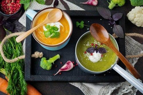 Deliziose zuppe detox per depurare il corpo