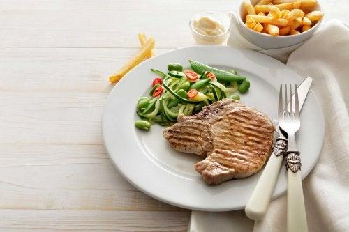 Cena a base di carne