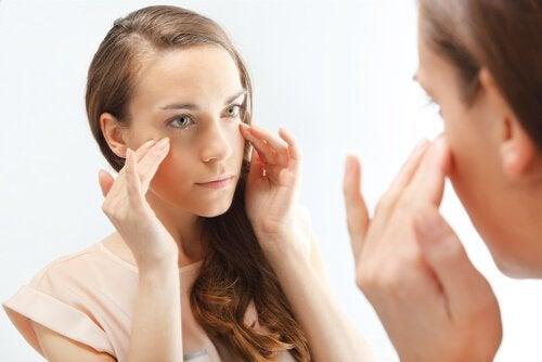 Acido ialuronico: la bellezza può essere prodotta