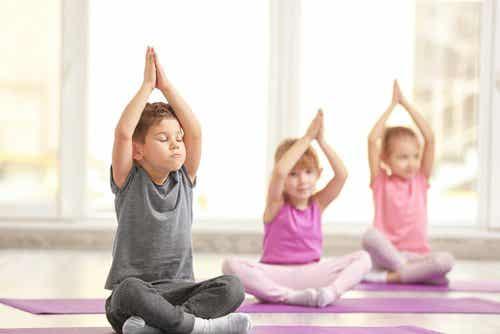 Yoga per bambini: 3 fantastici benefici