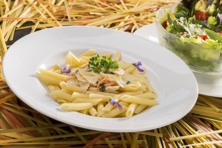 Pasta cremosa senza panna o formaggio