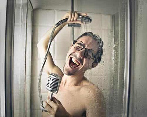 Errori sotto la doccia: quali sono i più comuni?