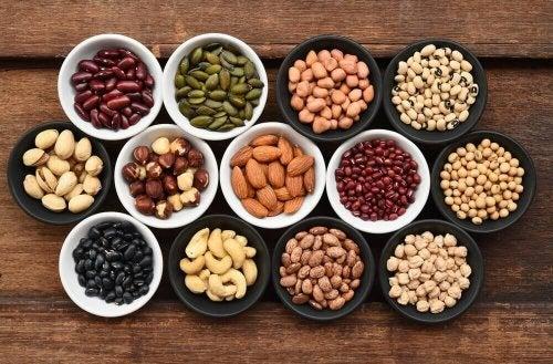 Alimenti che aumentano l'acido urico - Legumi